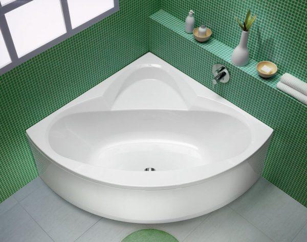 Altezza Vasca Da Bagno Angolare : Progetta un piccolo bagno angolare. bagni con vasca ad angolo. i